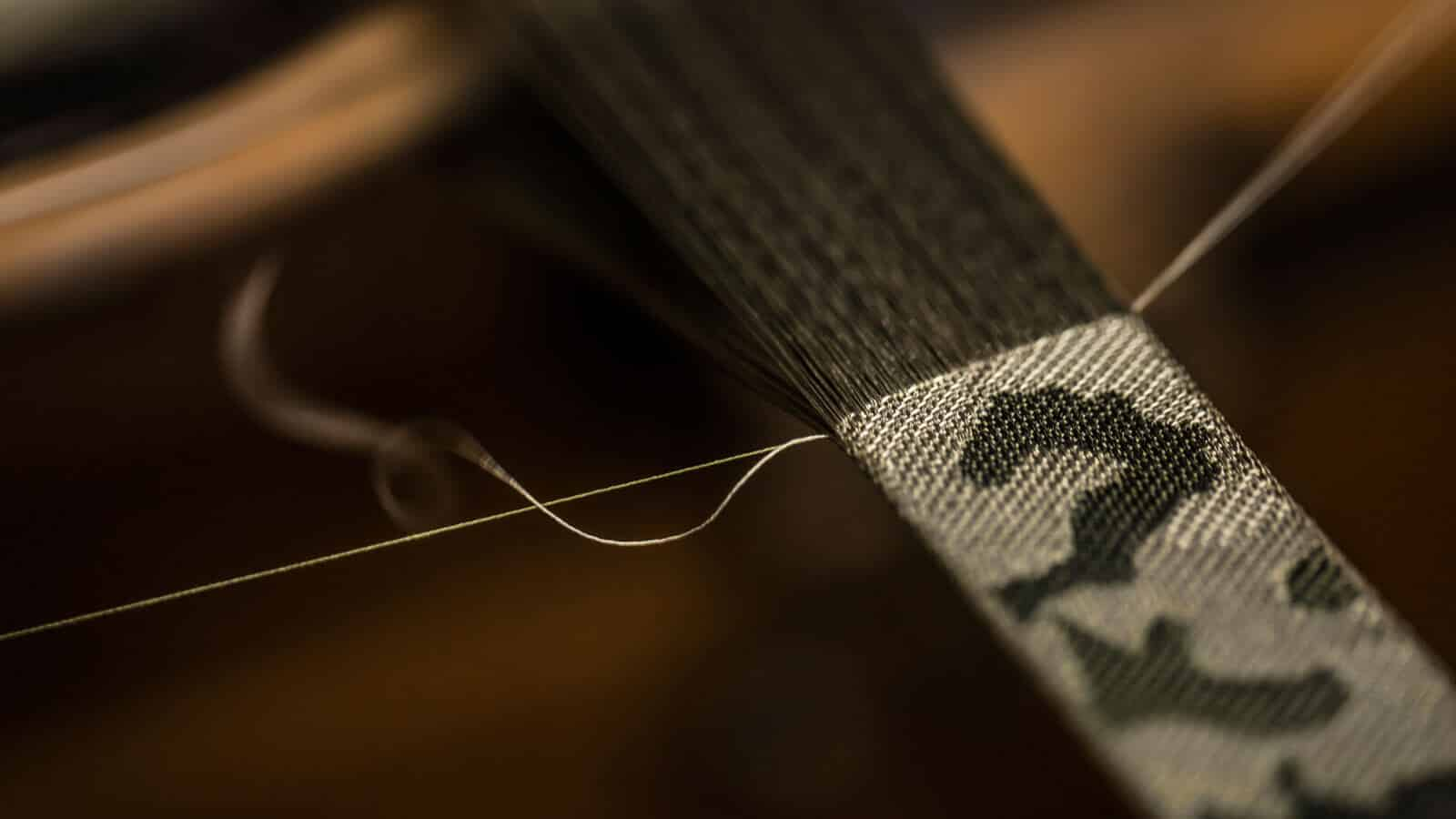 tudor_fabric_straps_weaving_the_heritage_ranger_strap_on_antique_jacquard_loom