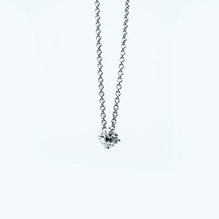 Bijoux-création-collier-Horlogerie-joaillerie-vevey.jpg